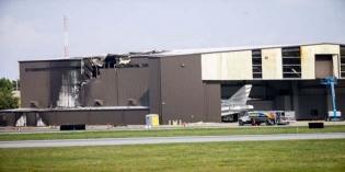 c792b36b596f8 Atatürk Havalimanı'nda İki Uçak Çarpıştı